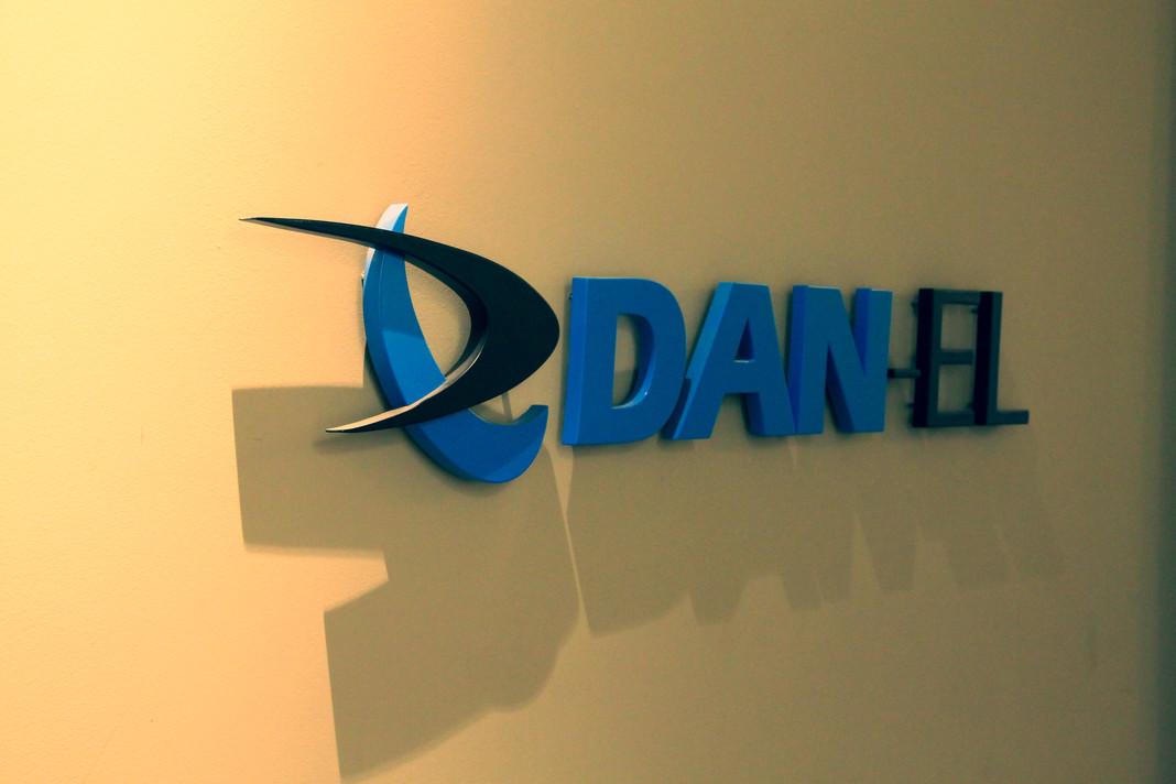 DanelOffice08_min